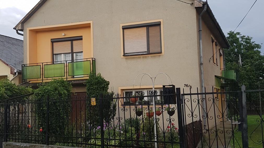 TEHLOVÝ, VÝBORNÝ dom v Méra, po rovnej ceste - Maďarsko